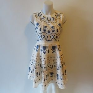 """NWT """"YUJIA"""" APRICOT WITH BLUE EMBROIDERY DRESS M*"""